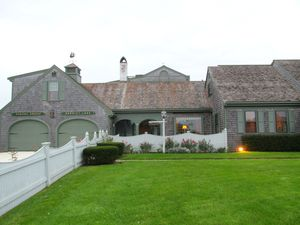 Boston_cape_house1
